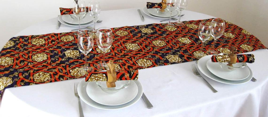 nappes de table en tissu wax style wax. Black Bedroom Furniture Sets. Home Design Ideas